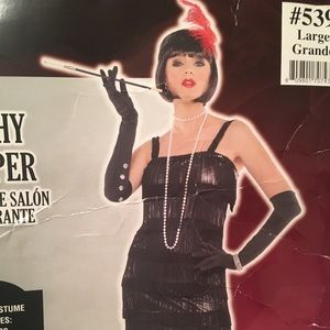 Other - Sexy flapper with many accessories like new large
